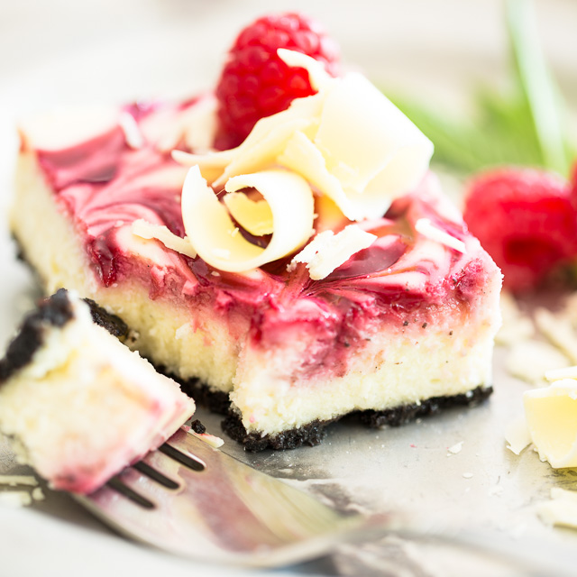 Raspberry Swirl Cheesecake Bars