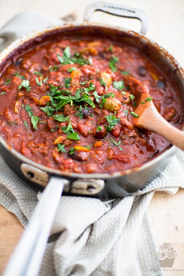 Italian Sausage Olive Spaghetti Sauce | eviltwin.kitchen