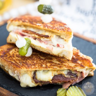 Smoked Ham Grilled Cheese Sandwich | eviltwin.kitchen