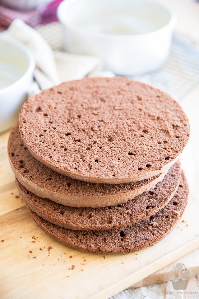 Chocolate Sponge Cake | eviltwin.kitchen