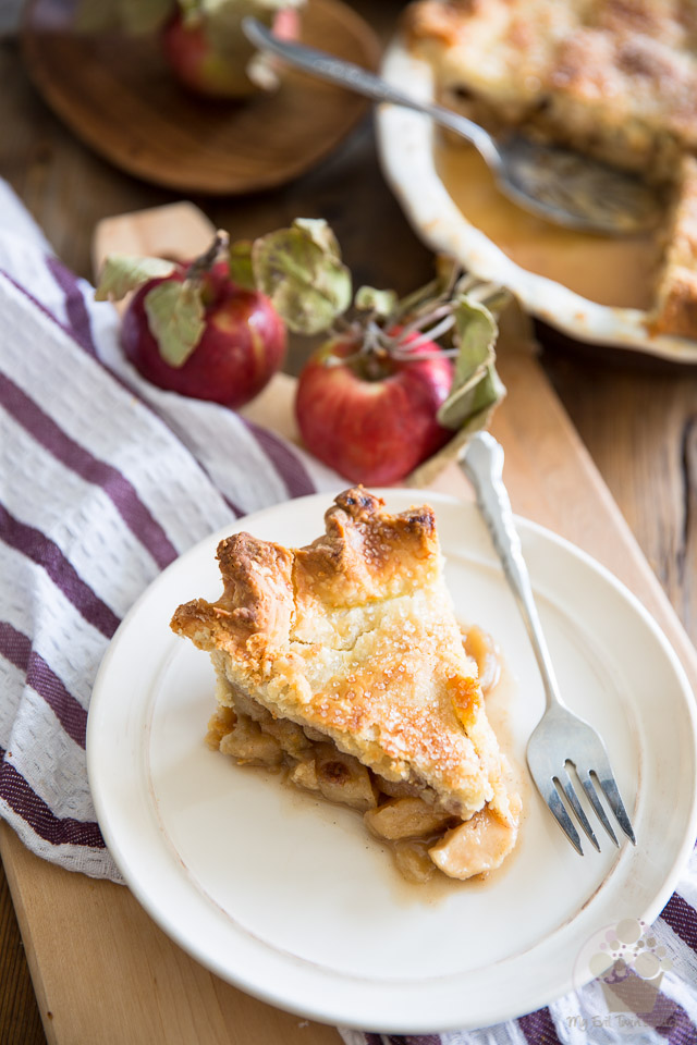 This Brown Sugar Maple Apple Pie is a veritable Food of love thing - A delicious way to occupy a lazy autumn afternoon...
