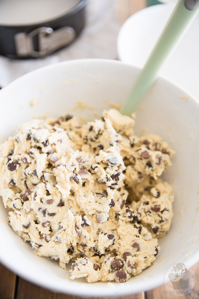 Chocolate Chip Cookie Dough Cheesecake by My Evil Twin's Kitchen | Recipe and step-by-step instructions on eviltwin.kitchen
