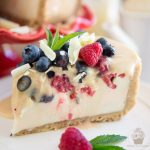 No-Bake Maple Fudge Berry Cheesecake